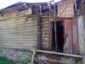 Снос аварийного здания на территории восстановленного храма - памятника России.